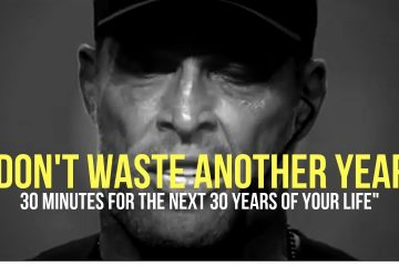 TONY-ROBBINS-30-Minutes-for-the-NEXT-30-Years-of-Your-LIFE